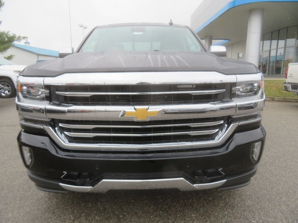 2018 Silverado 1500 Crew Cab 4x4,  Pickup #C2030 - photo 5