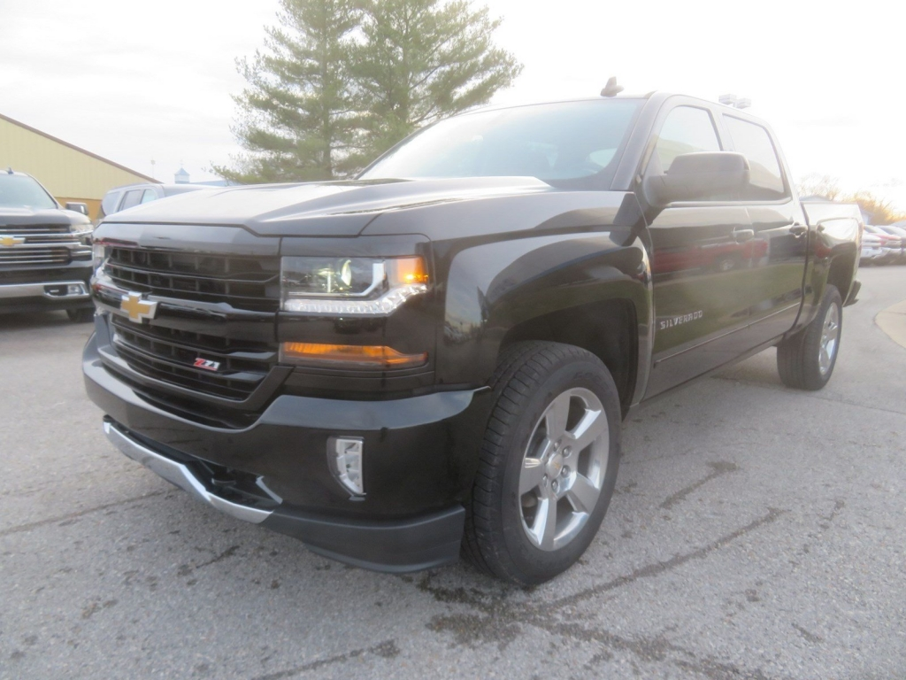 2018 Silverado 1500 Crew Cab 4x4,  Pickup #C2048 - photo 4