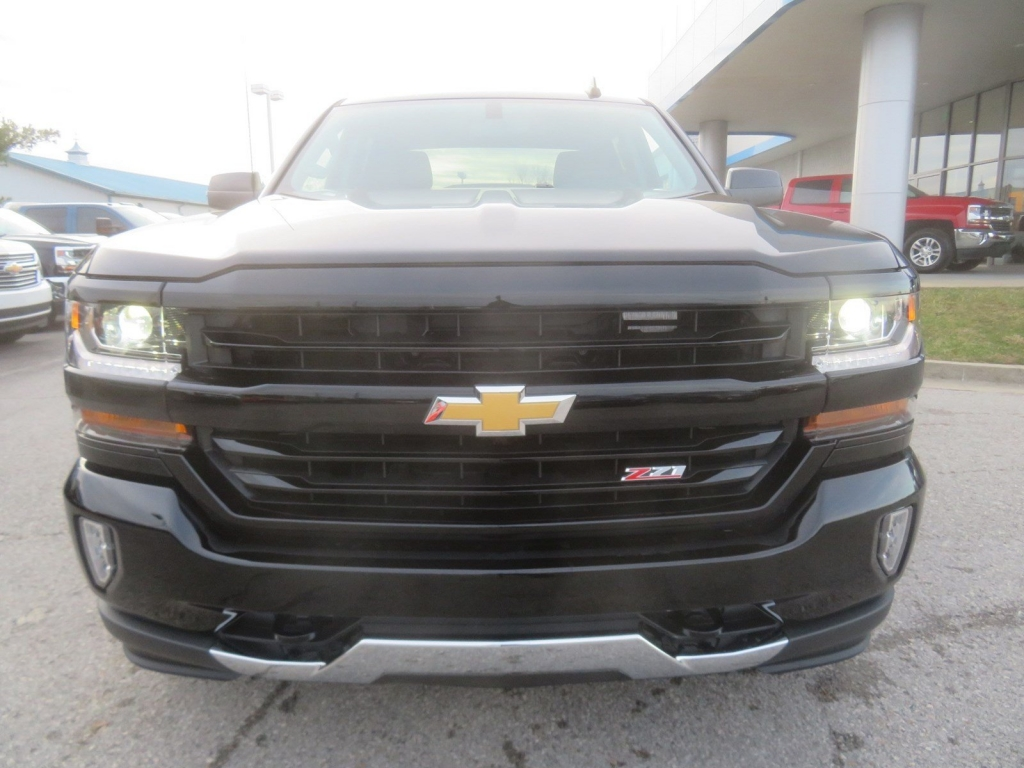 2018 Silverado 1500 Crew Cab 4x4,  Pickup #C2048 - photo 5