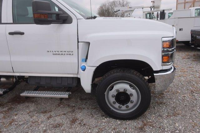 2020 Silverado Medium Duty Crew Cab DRW 4x2,  Monroe Truck Equipment Platform Body #C2896 - photo 3
