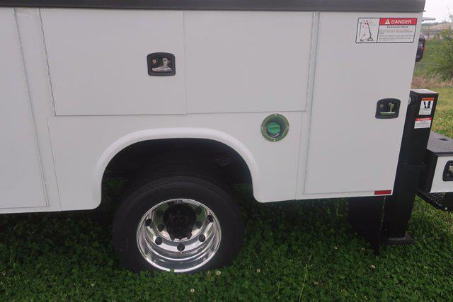 2020 Chevrolet Silverado Medium Duty Crew Cab DRW 4x4, Mechanics Body #C3070 - photo 19