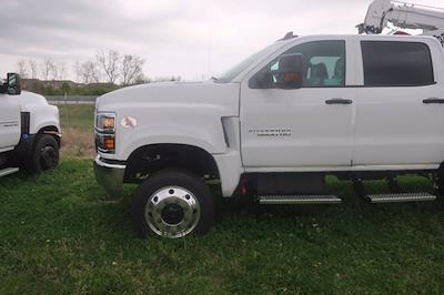 2020 Chevrolet Silverado Medium Duty Crew Cab DRW 4x4, Mechanics Body #C3070 - photo 10