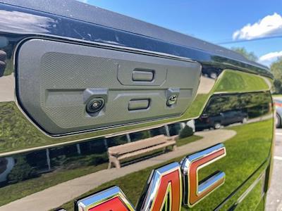 2021 GMC Sierra 1500 4x4, Pickup #G21414 - photo 15