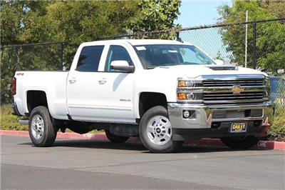 2018 Silverado 2500 Crew Cab 4x4,  Pickup #D2272 - photo 3