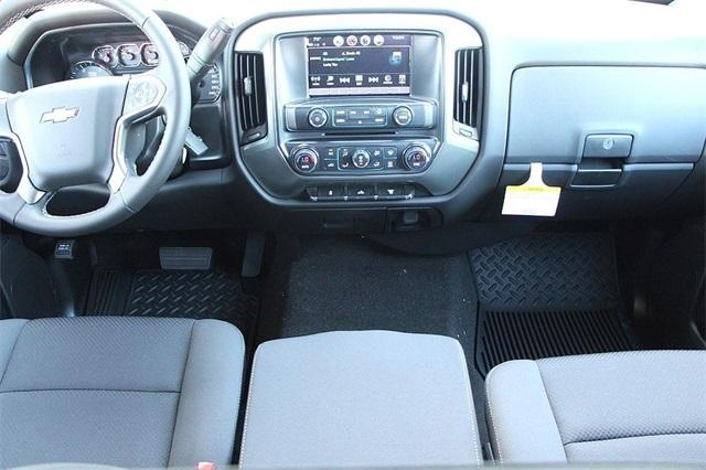 2018 Silverado 2500 Crew Cab 4x4,  Pickup #D2320 - photo 12