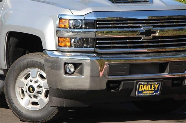 2018 Silverado 2500 Crew Cab 4x4,  Pickup #D2320 - photo 3