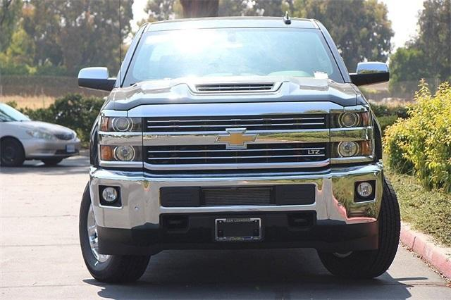 2019 Silverado 2500 Crew Cab 4x4,  Pickup #D30010 - photo 5