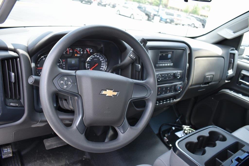 2020 Silverado 5500 Regular Cab DRW 4x2,  Reading Classic II Steel Service Body #T00342 - photo 19
