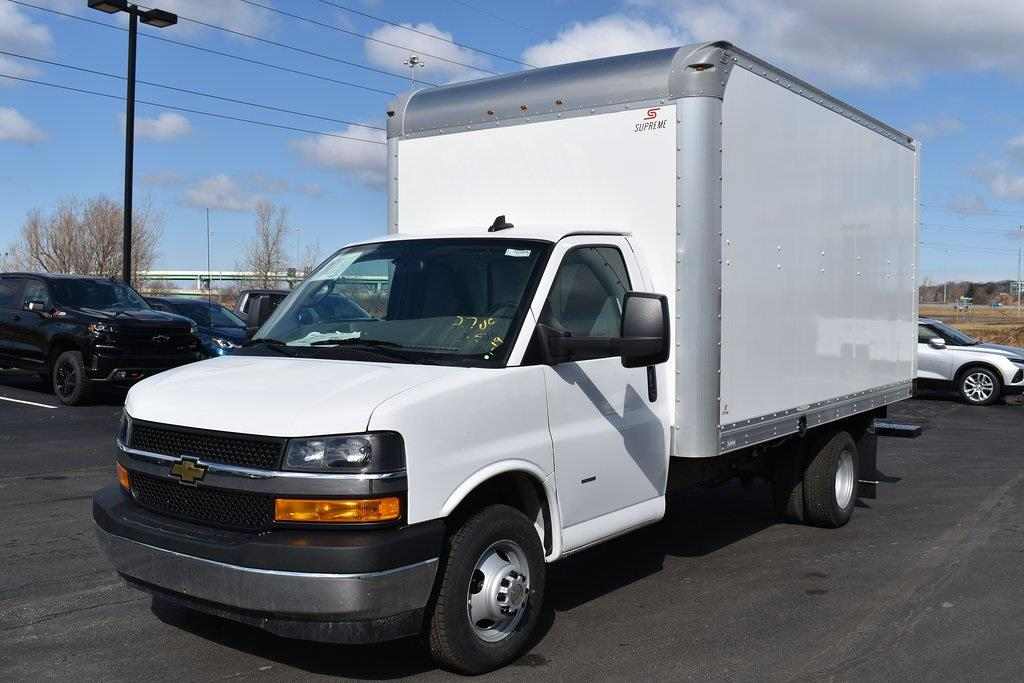 2021 Chevrolet Express 3500 4x2, Supreme Dry Freight #T10384 - photo 1