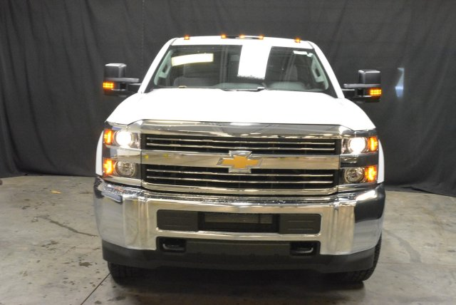 2016 Silverado 3500 Crew Cab DRW 4x4, Morgan Service Body #T61386 - photo 3