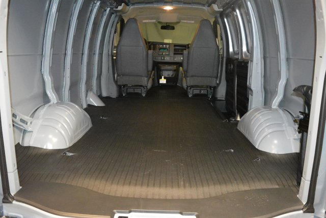 2017 Express 3500,  Empty Cargo Van #T71342 - photo 2