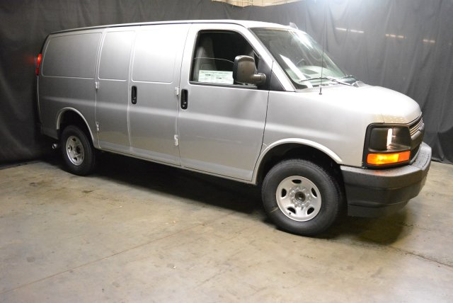 2017 Express 3500,  Empty Cargo Van #T71342 - photo 3