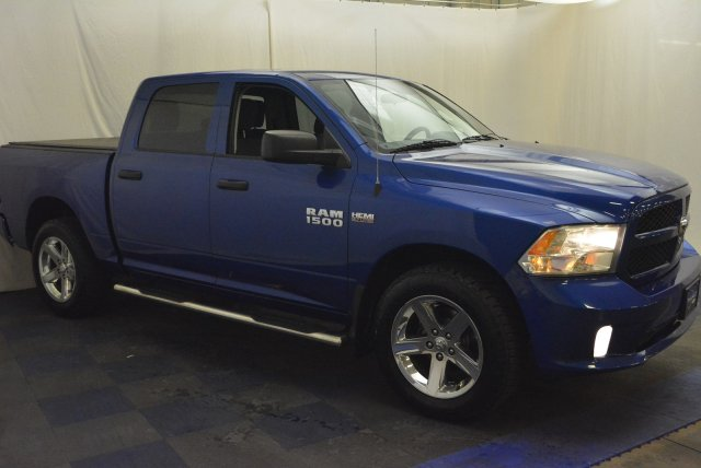 2014 Ram 1500 Crew Cab 4x4,  Pickup #T80103A - photo 3