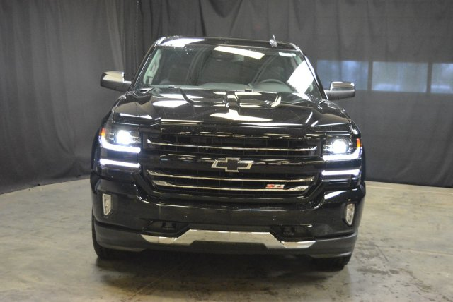 2018 Silverado 1500 Double Cab 4x4, Pickup #T80209 - photo 4