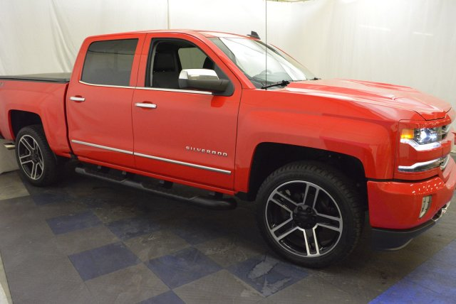 2018 Silverado 1500 Crew Cab 4x4,  Pickup #T80311 - photo 3