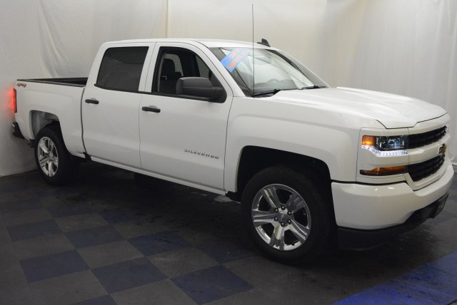 2018 Silverado 1500 Crew Cab 4x4,  Pickup #T80424 - photo 3