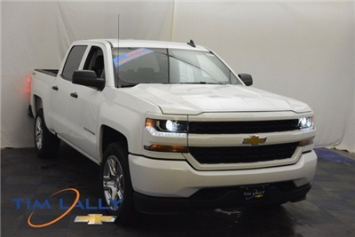 2018 Silverado 1500 Crew Cab 4x4,  Pickup #T80424 - photo 1
