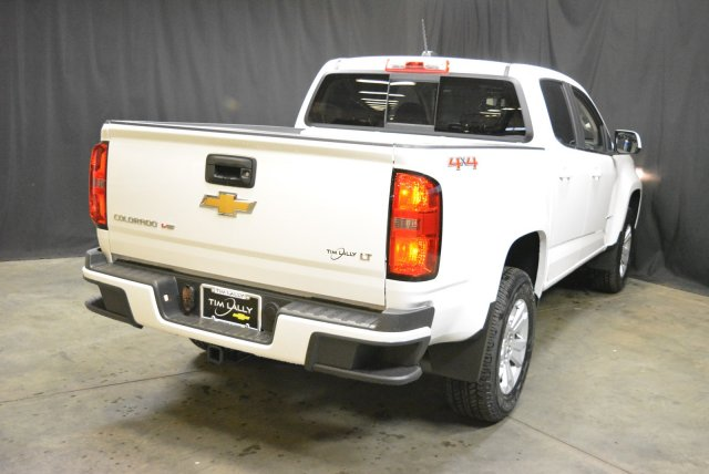 2018 Colorado Crew Cab 4x4,  Pickup #T80443 - photo 2