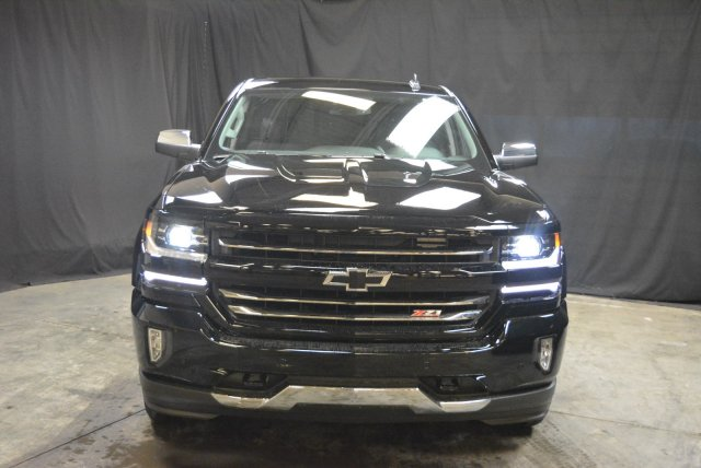2018 Silverado 1500 Double Cab 4x4, Pickup #T80662 - photo 4