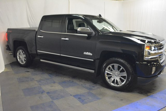 2018 Silverado 1500 Crew Cab 4x4, Pickup #T80798 - photo 3