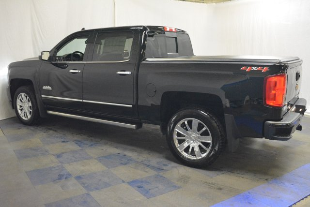 2018 Silverado 1500 Crew Cab 4x4, Pickup #T80798 - photo 6