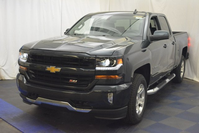 2018 Silverado 1500 Double Cab 4x4, Pickup #T80928 - photo 5