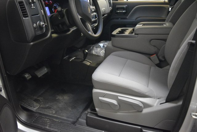 2018 Silverado 3500 Regular Cab 4x4,  Pickup #T80958 - photo 10
