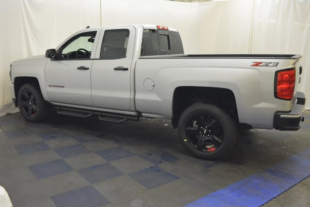 2018 Silverado 1500 Double Cab 4x4, Pickup #T81022 - photo 6