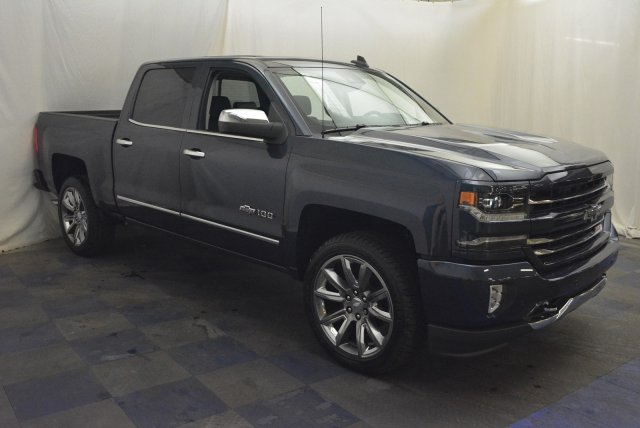 2018 Silverado 1500 Crew Cab 4x4,  Pickup #T81190 - photo 3