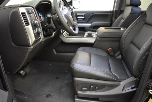 2018 Silverado 1500 Crew Cab 4x4,  Pickup #T81382 - photo 10