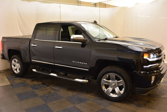 2018 Silverado 1500 Crew Cab 4x4,  Pickup #T81382 - photo 3