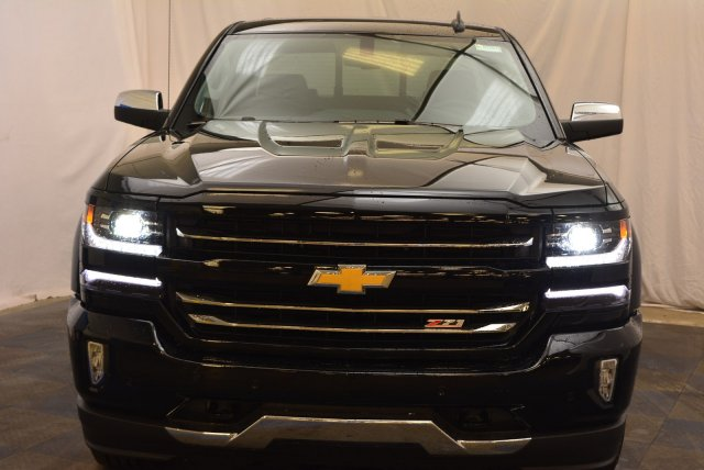 2018 Silverado 1500 Crew Cab 4x4,  Pickup #T81382 - photo 4
