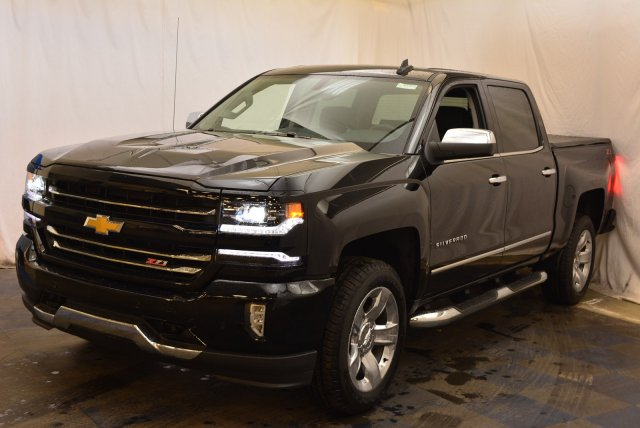 2018 Silverado 1500 Crew Cab 4x4,  Pickup #T81382 - photo 5