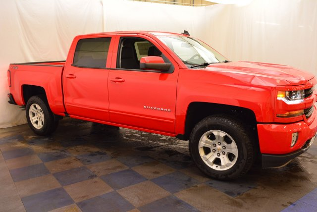 2018 Silverado 1500 Crew Cab 4x4,  Pickup #T81384 - photo 3