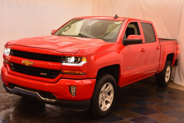 2018 Silverado 1500 Crew Cab 4x4,  Pickup #T81384 - photo 5