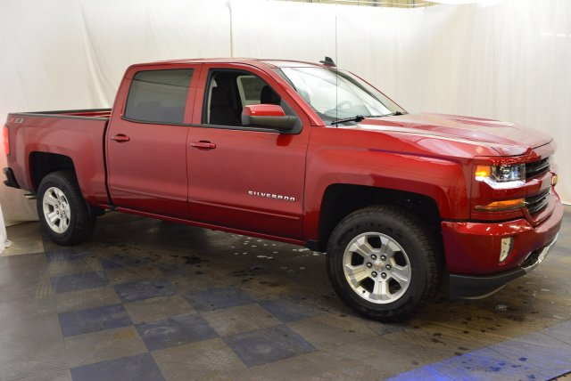 2018 Silverado 1500 Crew Cab 4x4,  Pickup #T81386 - photo 3