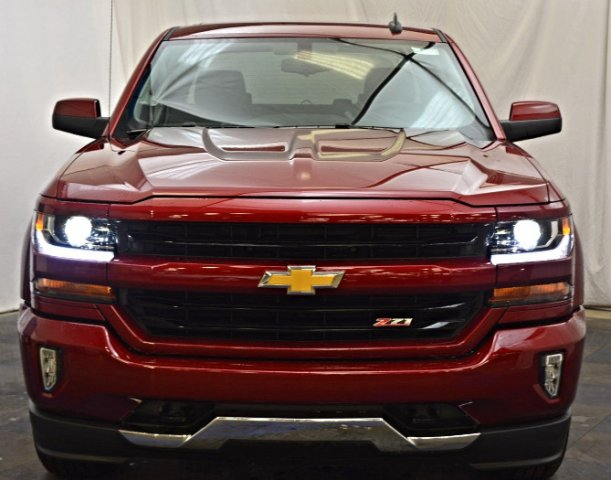 2018 Silverado 1500 Crew Cab 4x4,  Pickup #T81386 - photo 4