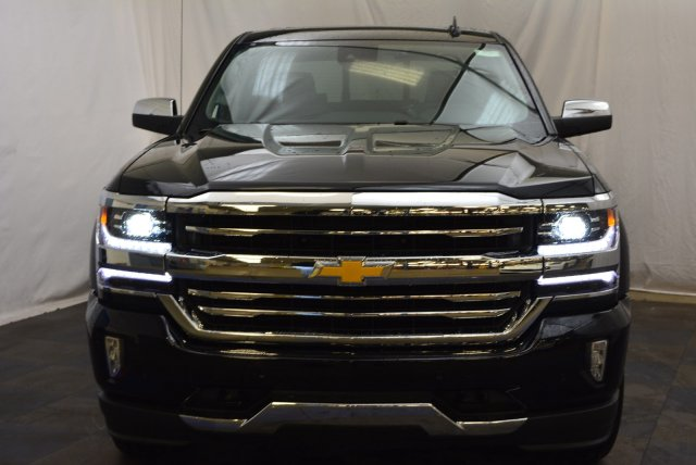 2018 Silverado 1500 Crew Cab 4x4,  Pickup #T81397 - photo 4