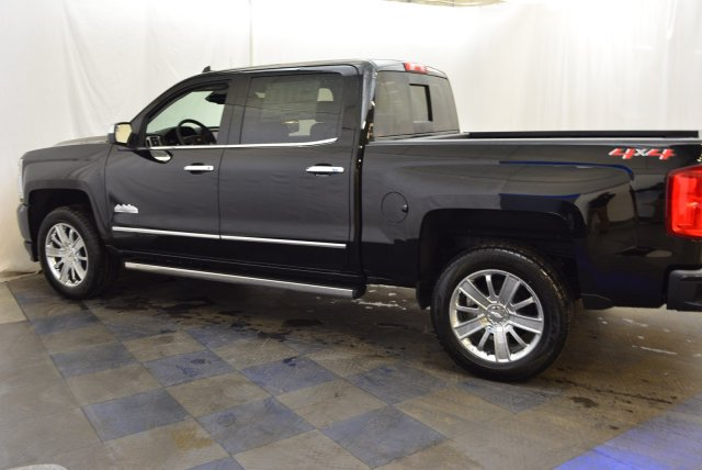 2018 Silverado 1500 Crew Cab 4x4,  Pickup #T81397 - photo 6