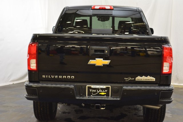 2018 Silverado 1500 Crew Cab 4x4,  Pickup #T81397 - photo 8