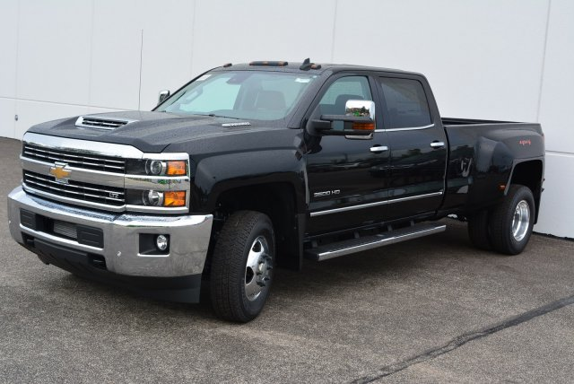 2019 Silverado 3500 Crew Cab 4x4,  Pickup #T90152 - photo 5