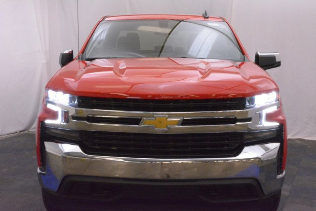 2019 Silverado 1500 Crew Cab 4x4,  Pickup #T90165 - photo 4