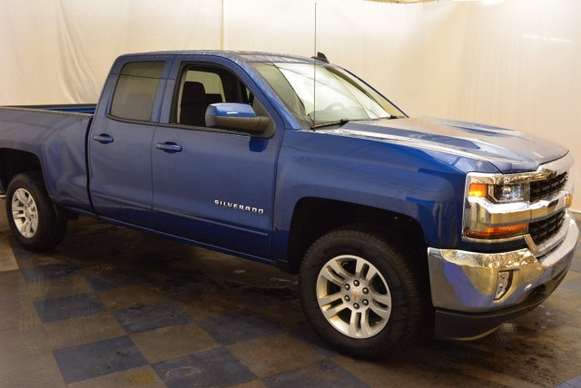 2019 Silverado 1500 Double Cab 4x4,  Pickup #T90227 - photo 3