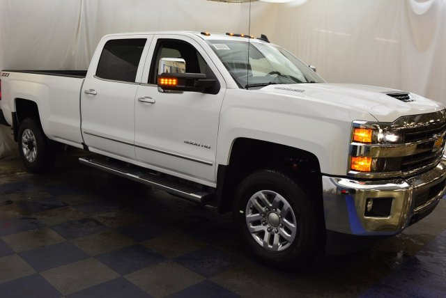 2019 Silverado 3500 Crew Cab 4x4,  Pickup #T90341 - photo 3
