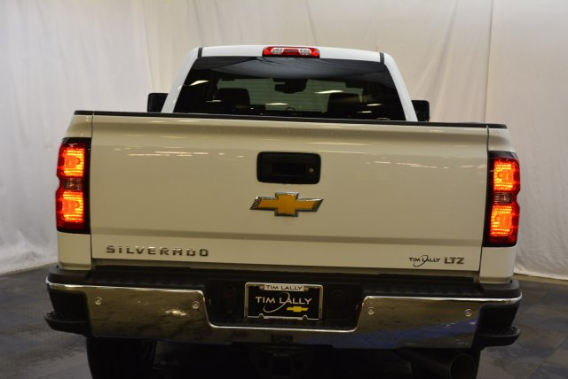 2019 Silverado 3500 Crew Cab 4x4,  Pickup #T90341 - photo 8