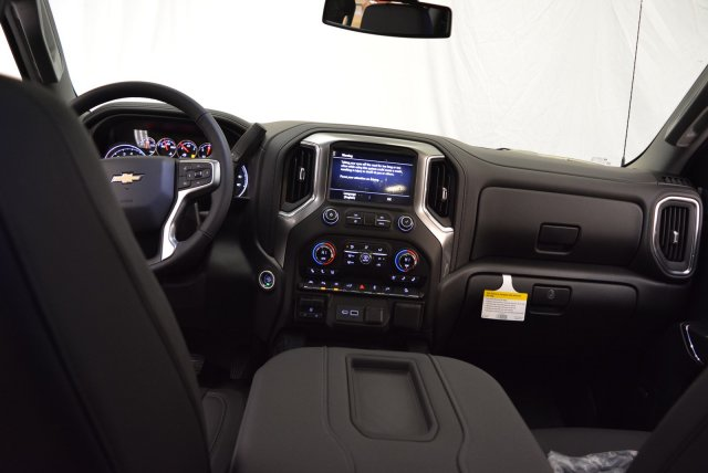 2019 Silverado 1500 Crew Cab 4x4,  Pickup #T90370 - photo 14