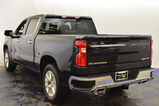 2019 Silverado 1500 Crew Cab 4x4,  Pickup #T90370 - photo 2