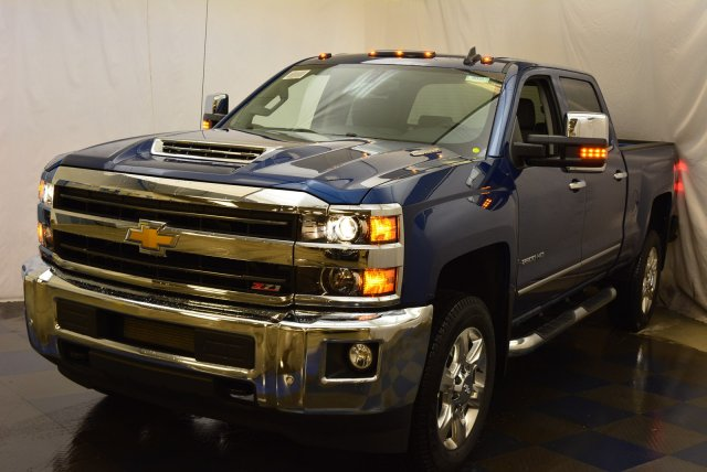 2019 Silverado 2500 Crew Cab 4x4,  Pickup #T90557 - photo 5