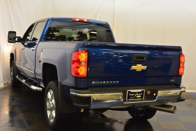 2019 Silverado 2500 Crew Cab 4x4,  Pickup #T90557 - photo 7