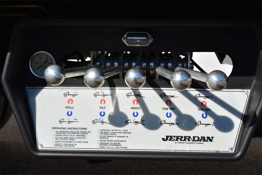 2019 Silverado 6500 Regular Cab DRW 4x2, Jerr-Dan Standard Duty Carriers Rollback Body #T91305 - photo 21